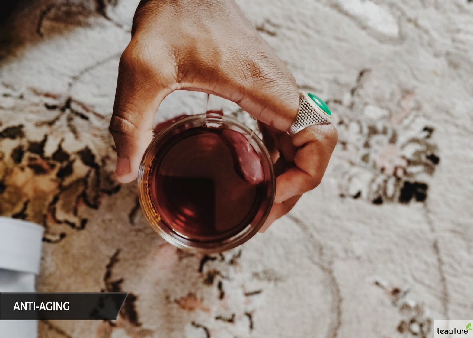 Black tea benefit: Anti-aging