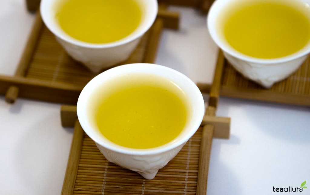 Jinxuan (Milk) Oolong Tea brewed
